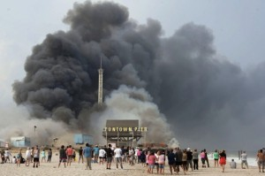 APTOPIX_NJ_Boardwalk_Fire-0b5b3--606x404